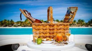 yacht-charter-antigua-barbuda-picnic-hamper-2.jpg