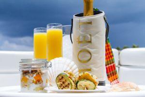 yacht-charter-antigua-barbuda-champagne-breakfast-3.jpg