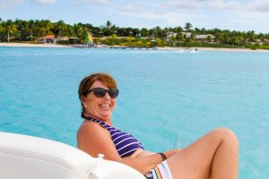 yacht-charter-antigua-barbuda-guests-11.jpg