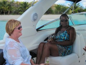 yacht-charter-antigua-barbuda-guests-17.jpg