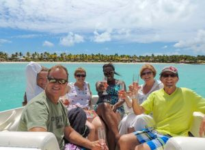 yacht-charter-antigua-barbuda-guests-18.jpg