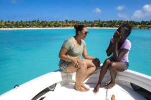 yacht-charter-antigua-barbuda-guests-19.jpg
