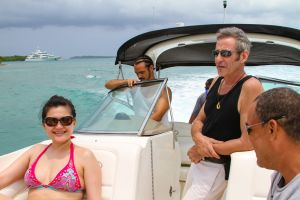yacht-charter-antigua-barbuda-guests-32.jpg