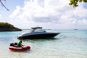 yacht-charter-antigua-barbuda-power-yacht-12.jpg