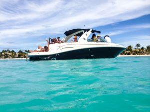 yacht-charter-antigua-barbuda-power-yacht-6.jpg